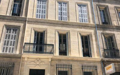 Traitement de façade en pierre en centre ville de Marseille